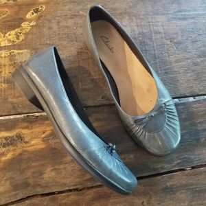 Clarks Leather Slip on shoes Loafers